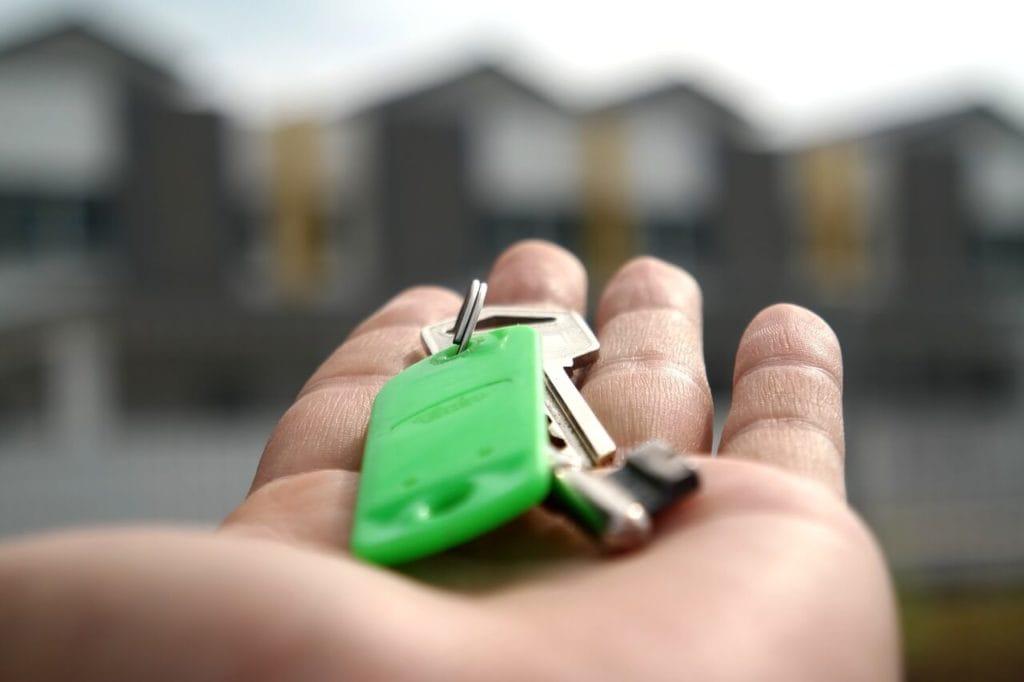 calgary economy - house selling